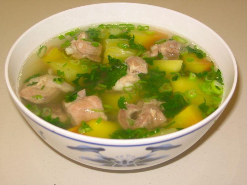 Canh bí xanh nấu thịt gà