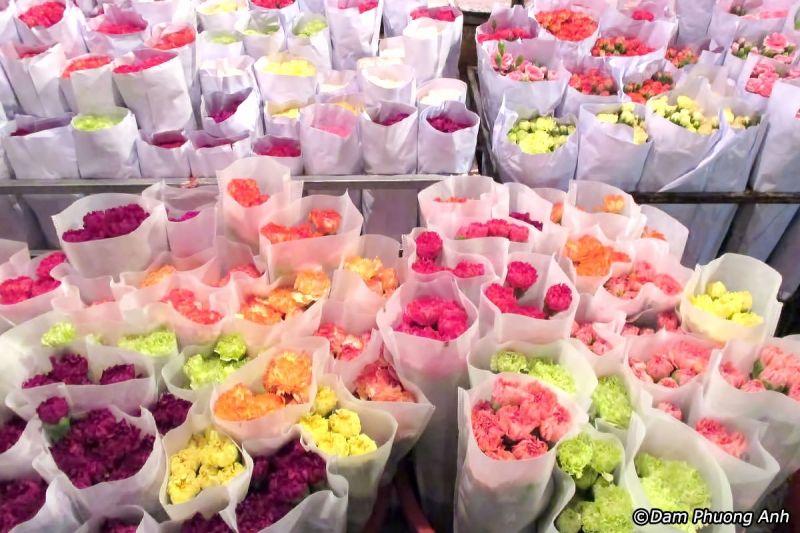 Chợ hoa Bá Quang