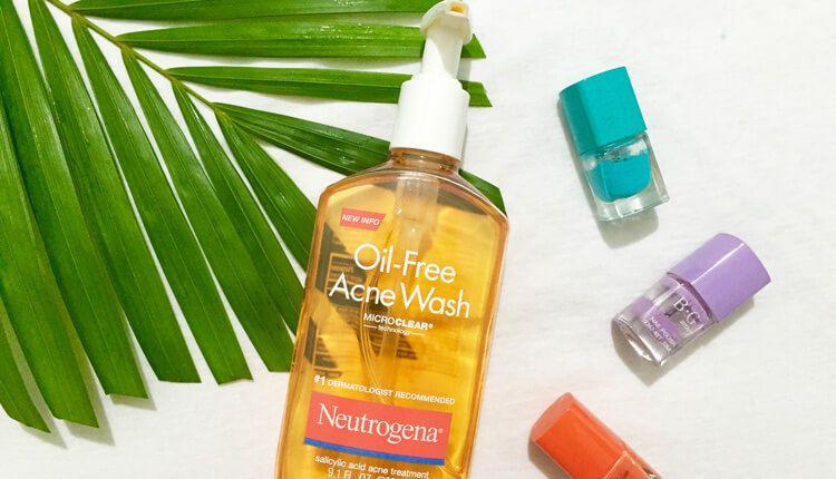 Neutrogena Oil- Free Acne Wash