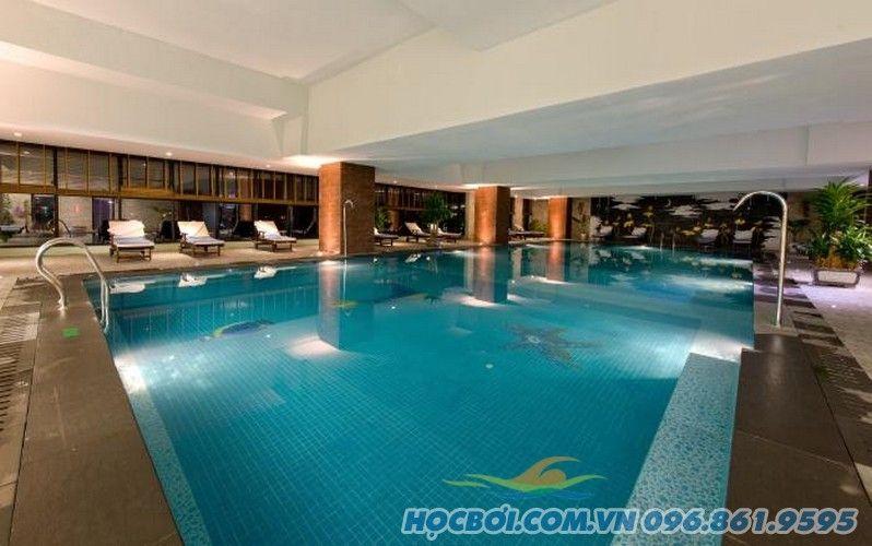 Bể Bơi Khách sạn Mường Thanh Đà Nẵng