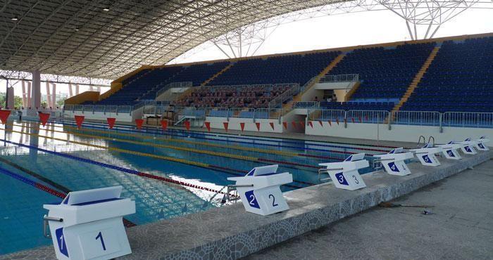 Bể bơi Thành Tích Cao