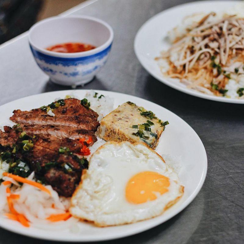 Cơm tấm Sài Gòn 676