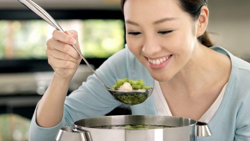 Chê vợ nấu ăn dở