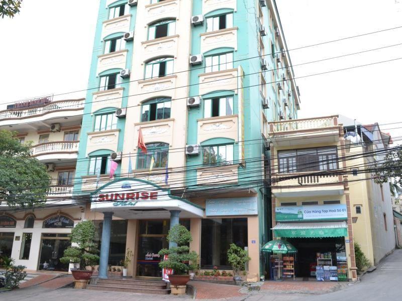 Khách sạn Sunrise