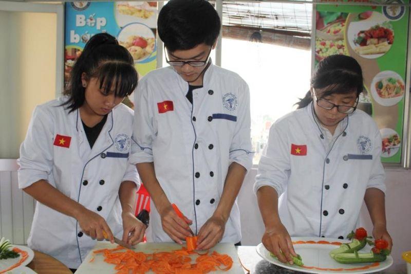 Trường Trung Cấp Việt Giao