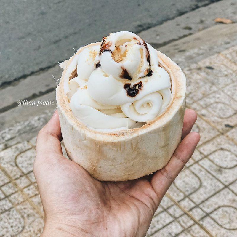 Kem dừa Hồ Thị Kỷ