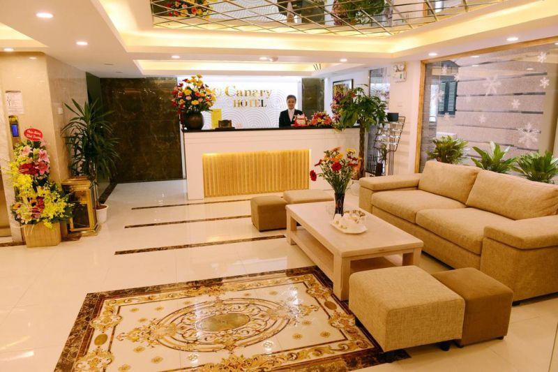 Khách sạn Canary