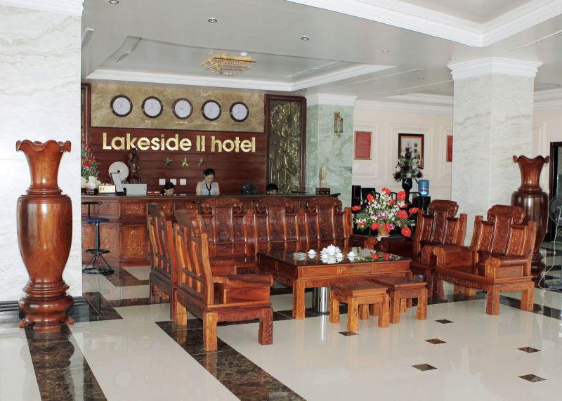 Khách sạn Lakeside II