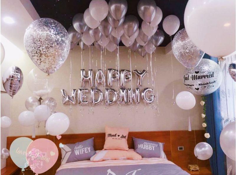 Phòng tân hôn đầy chất thơ và ngọt ngào với bóng bay