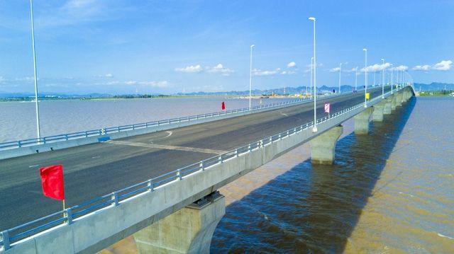 Cầu Tân Vũ – Lạch Huyện