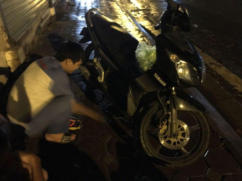 Dịch vụ cứu hộ, sửa chữa xe tại nhà 24/24h - Motor Rescue Hà Nội
