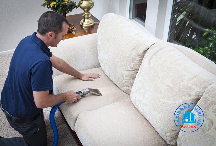Dịch vụ giặt ghế sofa Lê Quân