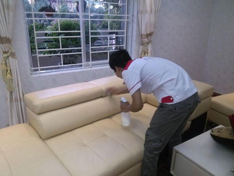 Dịch vụ giặt ghế sofa Việt Nhật