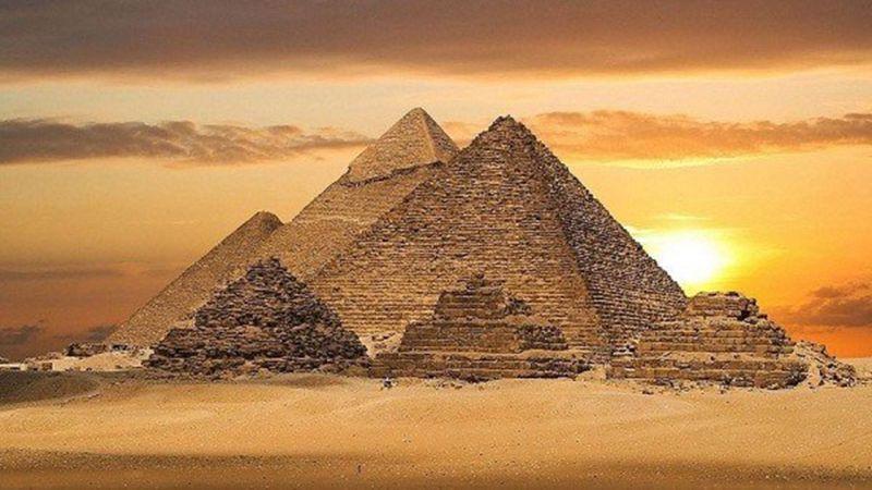 Giza – Ai Cập