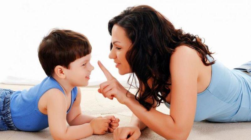 Hãy lắng nghe và tạo cho con cảm giác được lắng nghe