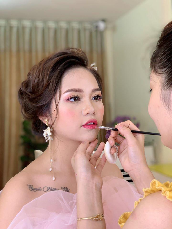 Quách Trí Makeup Artist