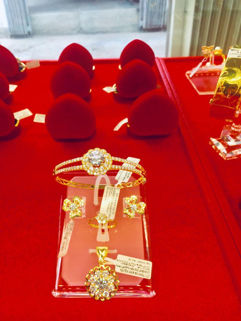 Tiệm Vàng Kim Minh Nguyên