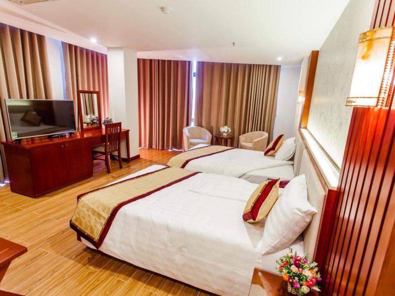 Từ Sơn Luxury Hotel