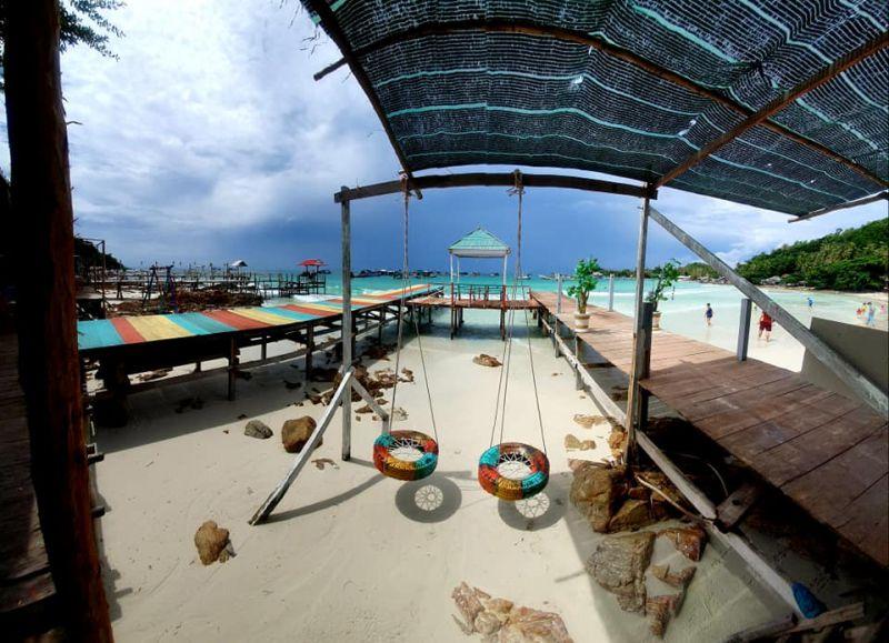 Bãi Sỏi Beach Nam Du