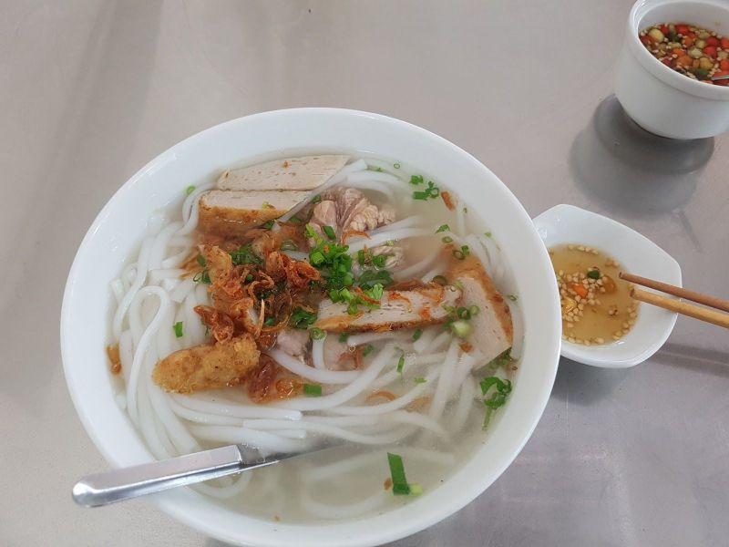 Bánh Canh Bà Sâm – 34 Phan Bội Châu