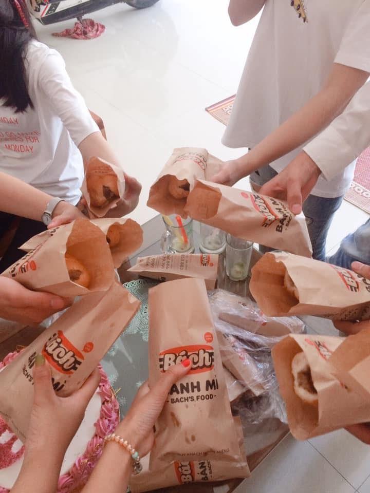 Bánh Mì Bách