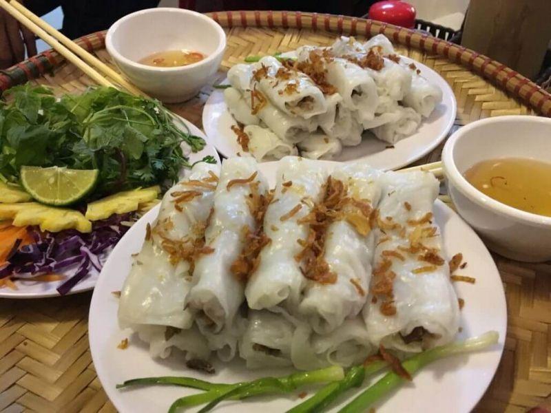 Bánh cuốn nóng chị Hà