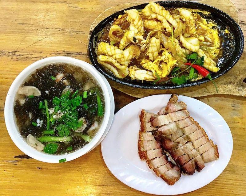 Cơm gà Hải Nam