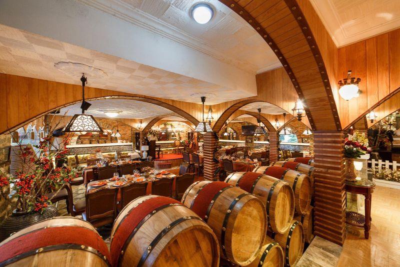 Hầm rượu vang Đà Lạt