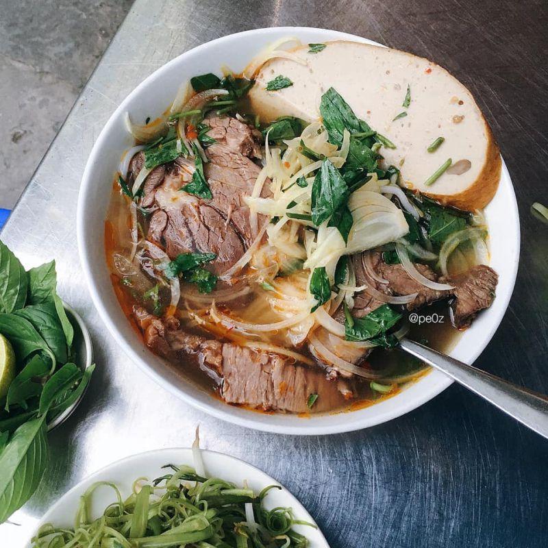 Hồ Ếch - Bún Bò Huế
