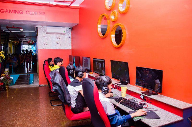 Internet Gaming Center