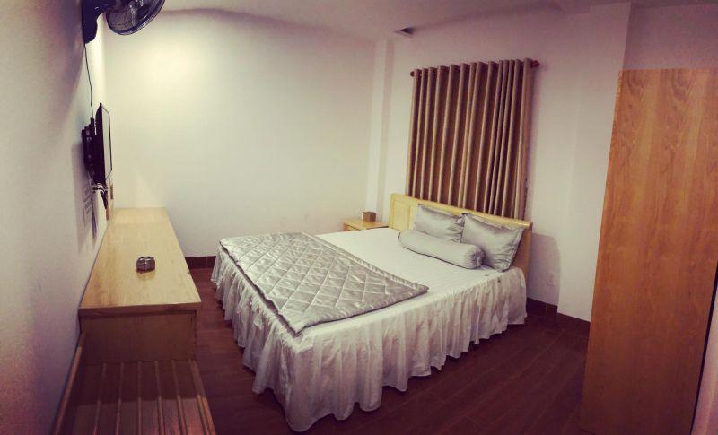 Khách sạn Nam Hòa