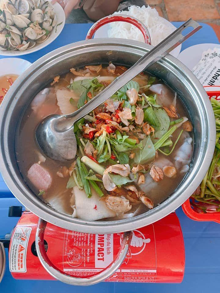 Lẩu măng – cút nướng Khánh Hà