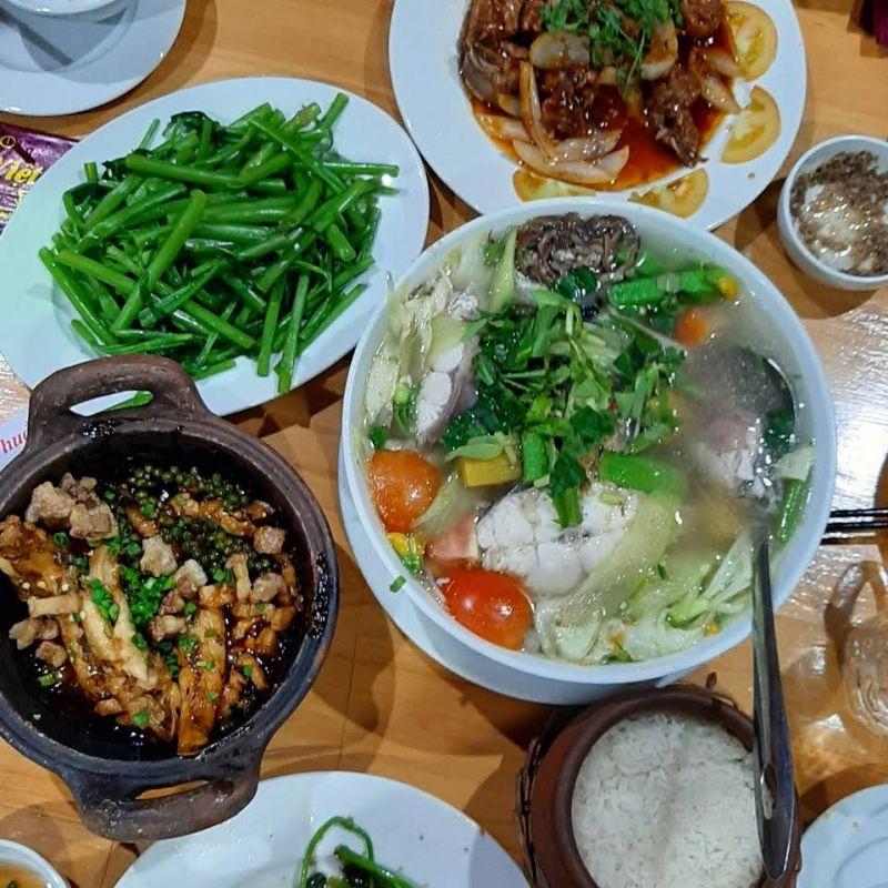 Nhà hàng Thuần Việt