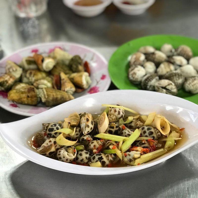 Nhà hàng hải sản Vân Phi