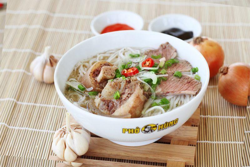 Phở Ông Hùng - Lê Văn Việt