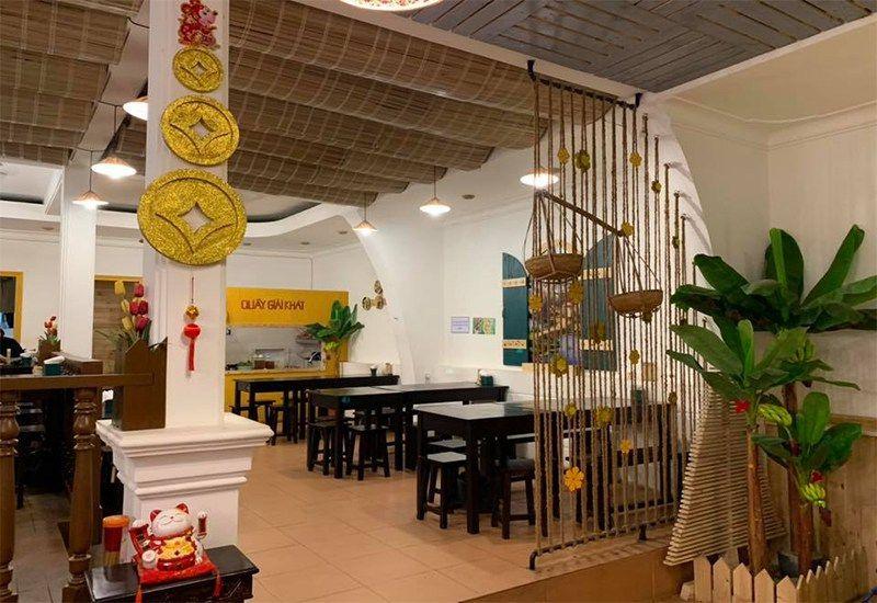 Quán cơm Lá Chuối- ẩm thực Việt