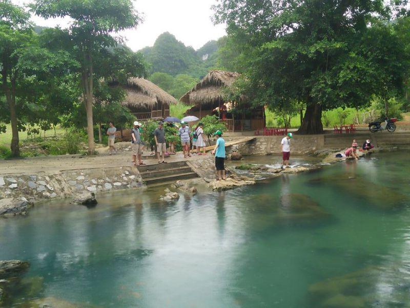 Suối nước Mọc - Thác Khe Kèm Con Cuông