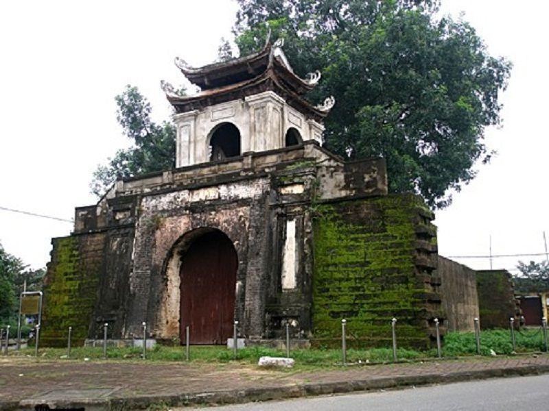 Thành cổ Nghệ An - Núi Quyết