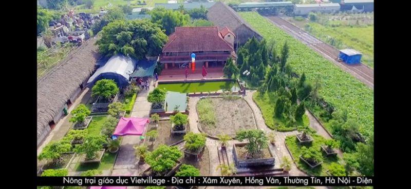Trang trại giáo dục Việt Village