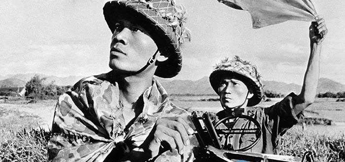 Bài văn phân tích nhân vật Việt và Chiến số 8