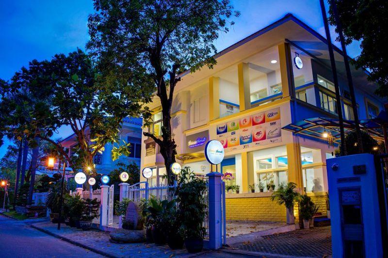 Học viện VietnamMarcom