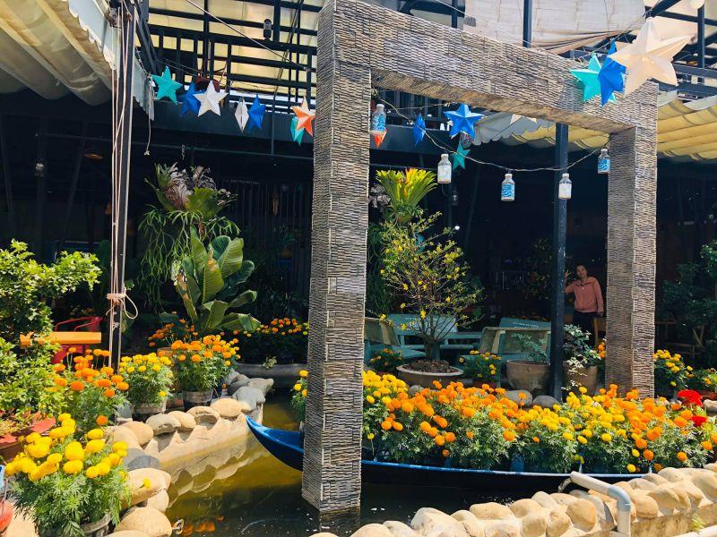 SÔNA Cafe Sân Vườn - Hồ Bơi