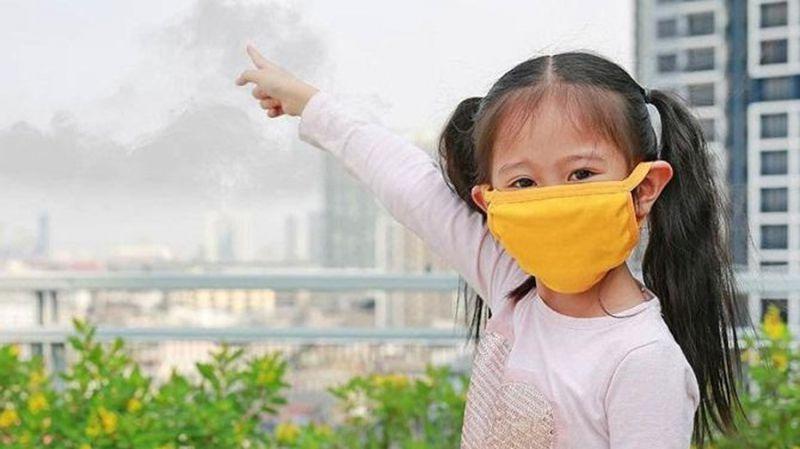 Tránh xa khói thuốc, bụi bẩn ô nhiễm