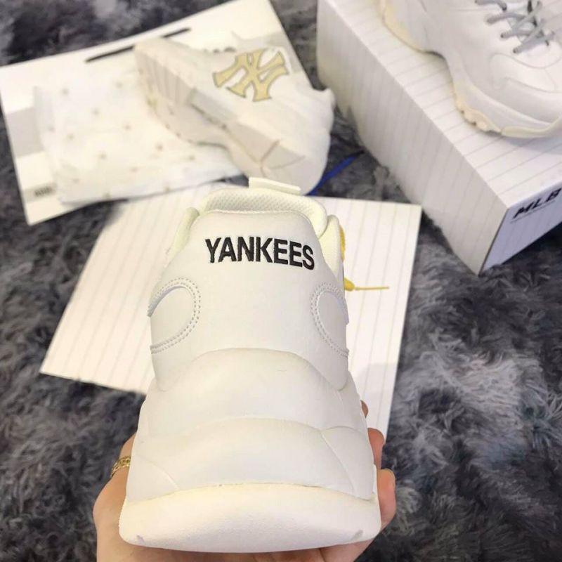 Lôi Sneaker