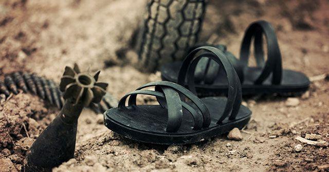 Bài văn thuyết minh về đôi dép lốp thời kháng chiến số 2