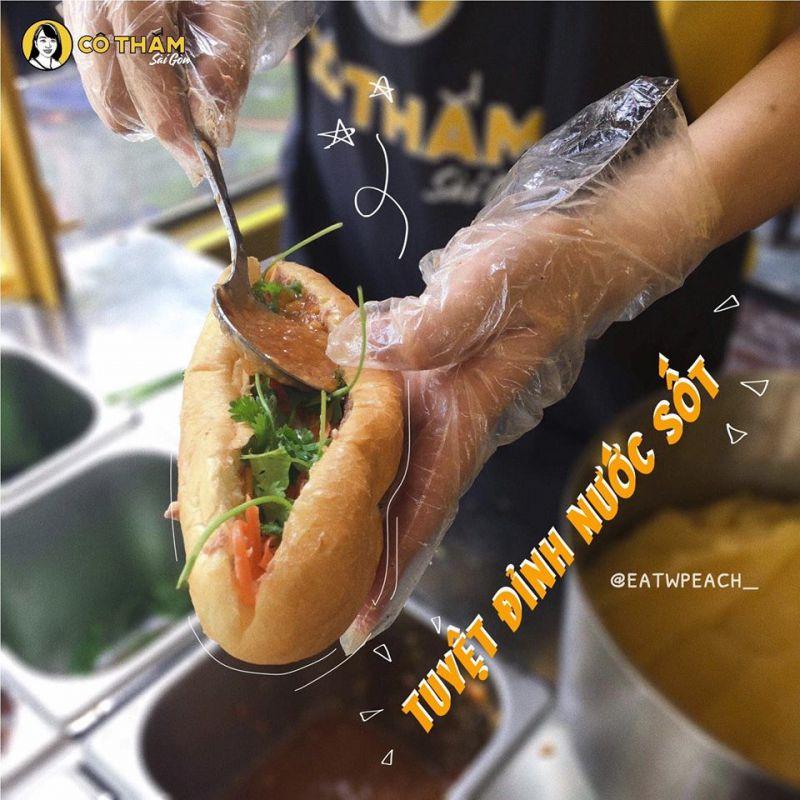 Bánh mỳ cô Thắm Sài Gòn