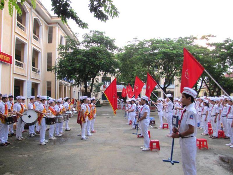 Dàn ý tả buổi lễ chào cờ đầu tuần số 3