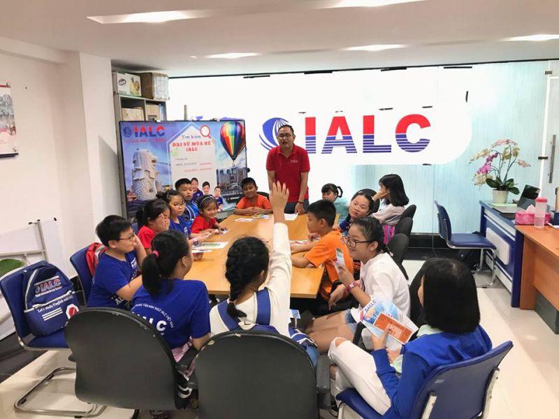 International English (IALC)