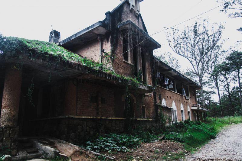 Khu nhà nguyện bỏ hoang