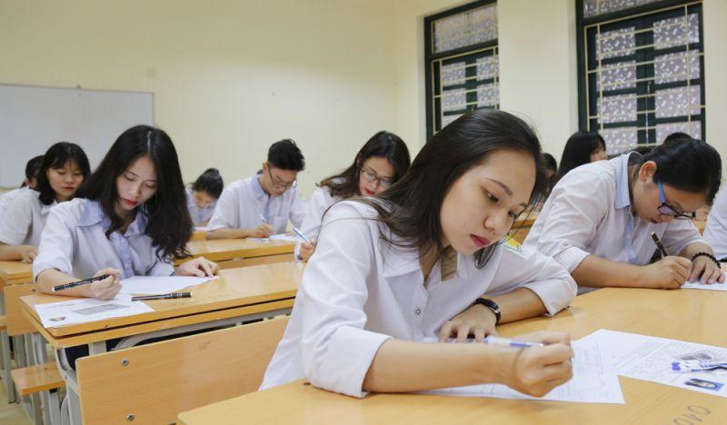 Kỳ thi tuyển sinh vào lớp 10 công lập không chuyên tại Hà Nội diễn ra vào ngày 17 và 18-7-2020 với ba bài thi